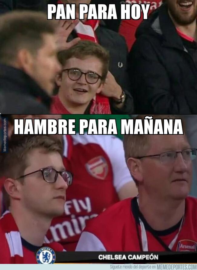 1076603 - Este fan del Arsenal ya ha perdido dos Europa Leagues desde que se burló del Cholo