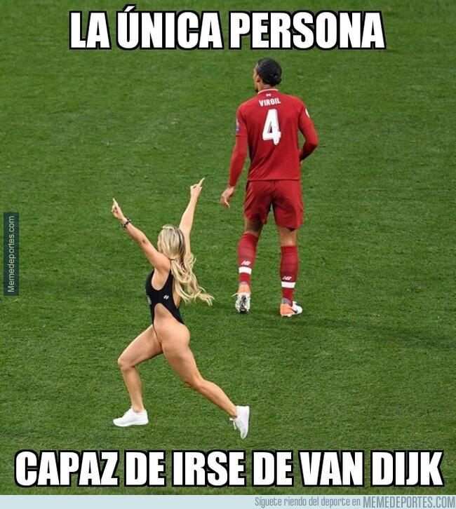 1076828 - Ni Messi pudo superar a Virgil como ella