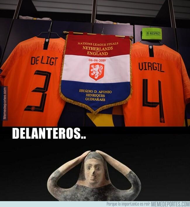 1077330 - Holanda tiene el duo central más imponente del mundo
