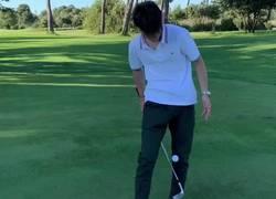 Enlace a Riqui Puig ya es mejor en el golf que Bale