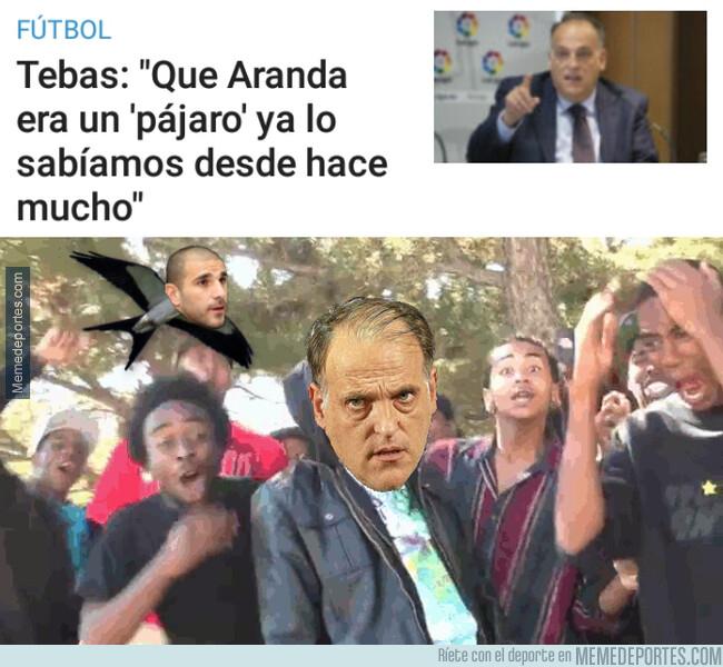 1077861 - Javier Tebas le lanza un dardo a Carlos Aranda