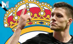 Enlace a Sorpresivamente el único jugador que sonríe en la web del Real Madrid es ÉL
