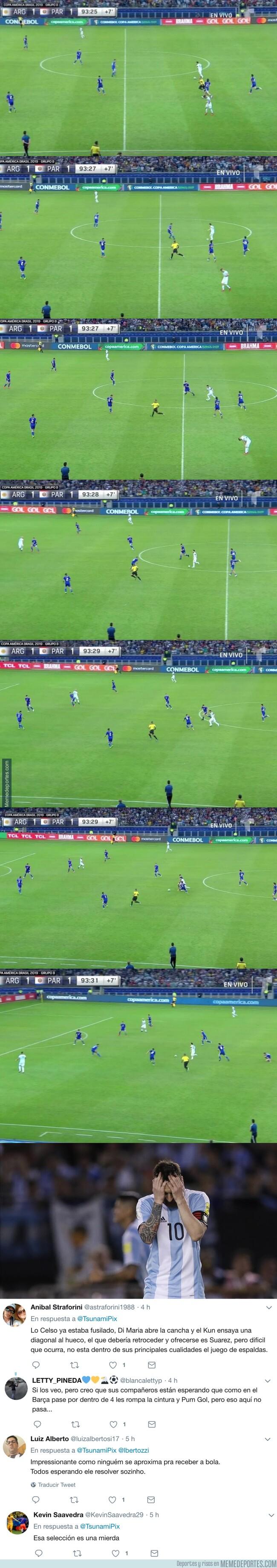 1078748 - Esto pasó en el minuto 94. Messi SOLO. NADIE se movió