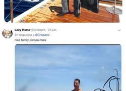 Enlace a Cristiano sube una foto pasando las vacaciones con su familia, pero realmente la ha subido para lucir abdominales