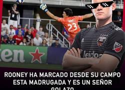 Enlace a Rooney ha marcado desde su campo esta madrugada