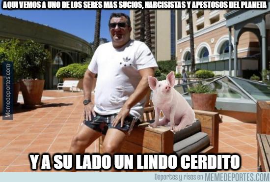 1079824 - Pig Raiola