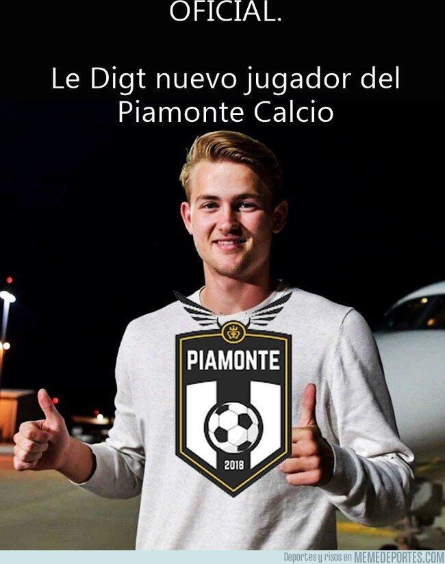 1081264 - El Piamonte Calcio hace oficial el fichaje de Le Digt del Amsterdam White-Red