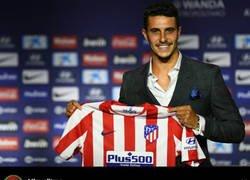 Enlace a Todo el mundo está alucinando el motivo por el que Mario Hermoso no está en el Real Madrid y ha fichado por el Atleti