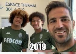 Enlace a Cuando Fábregas debutó, sus actuales compañeros Massengo y Millot tenían 1 y 2 años