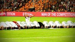 Enlace a Esta espectacular foto de la celebración de Argelia en la copa África...