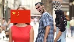 Enlace a A Bale le seduce jugar en China