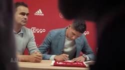 Enlace a El brutal vídeo del Ajax dando la bienvenida a Edson Álvarez