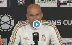 Enlace a Surrealista: nadie se explica como Zidane no se rió de esta periodista al hacerle una pregunta sobre Kubo
