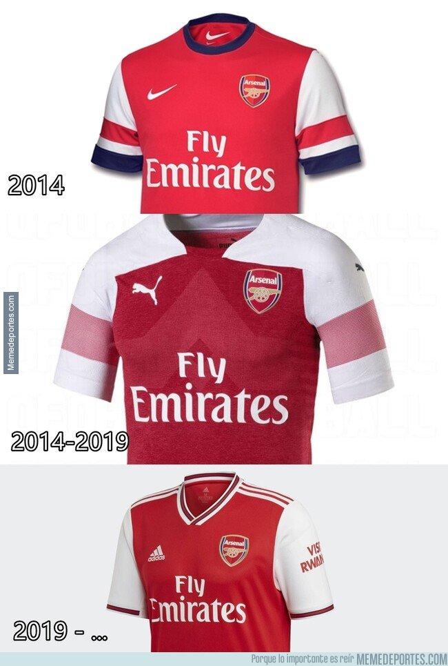 1081970 - En menos de 5 años el Arsenal ha tenido 3 proveedores distintos. ¿Quién lo hace mejor?