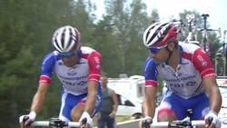 Enlace a Pinot, quinto en la general, abandona el tour de Francia llorando tras lesionarse la pierna. El ciclismo puede ser muy cruel