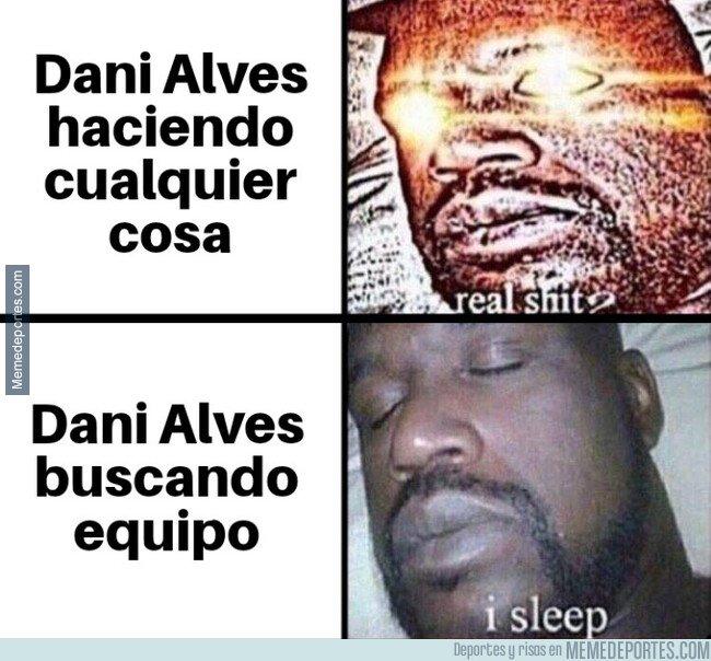 1082078 - Parece que Alves no tiene mucha prisa por resolver su futuro