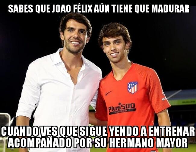 1082451 - Joao Félix y Kaká podrían pasar por hermanos perfectamente