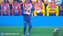 Enlace a El timing de este entrenador de la Copa Libertadores con la publicidad