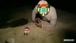 Enlace a El panda ya está en Sevilla para fichar por el Betis, por @RomeGulere