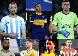 Enlace a Demasiado épico: En Argentina todos los capitanes rasgaron su camiseta y pusieron su pulgar dentro en honor al Tata Brown
