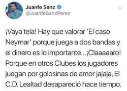 Enlace a El árbitro Juanfe Sanz habla de 'lealtad' y Neymar y se lleva un revés del equipo CD Lealtad que no se esperaba