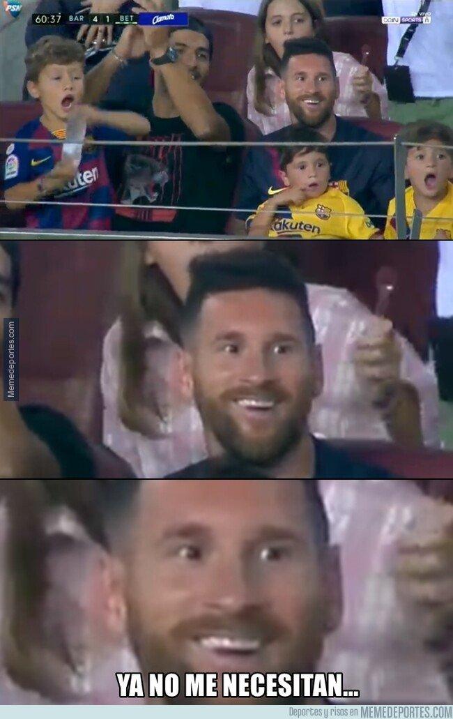 1084214 - Messi sonrie como niño