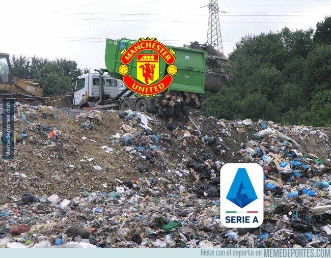 1084595 - El United encontró donde mandar lo que no usa