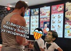 Enlace a El Barça vuelve con todo frente al Valencia