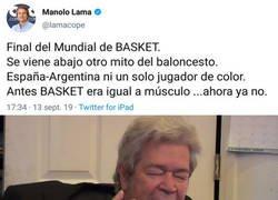 Enlace a Manolo Lama siendo Manola Lama