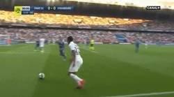 Enlace a El espectacular GOLAZO de Neymar sobre la hora para que celebren los hinchas que le putearon minutos antes
