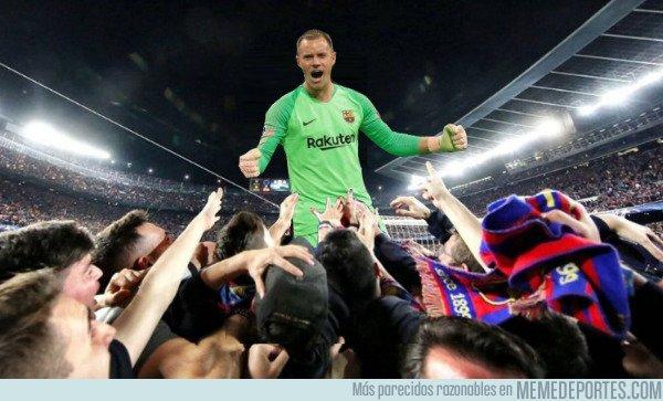 1086072 - Ter Stegen salvó al Barça de una derrota en su estreno en Champions en esta temporada...
