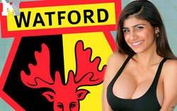 Enlace a El vídeo de la famosa Mia Khalifa antes del partido del Watford que está dando literalmente la vuelta al mundo