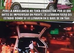 Enlace a En Bolivia se llevaron a un jugador en el maletero de un taxi tras sufrir una fractura.