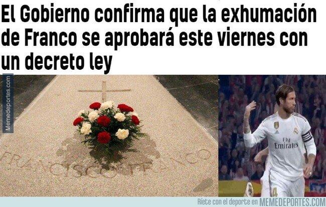 1087404 - Ramos exhumando a Franco