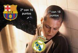 Enlace a No es por asustarte Real Madrid, pero ya tienes al Barça ahí a tu ladito muy cerca...