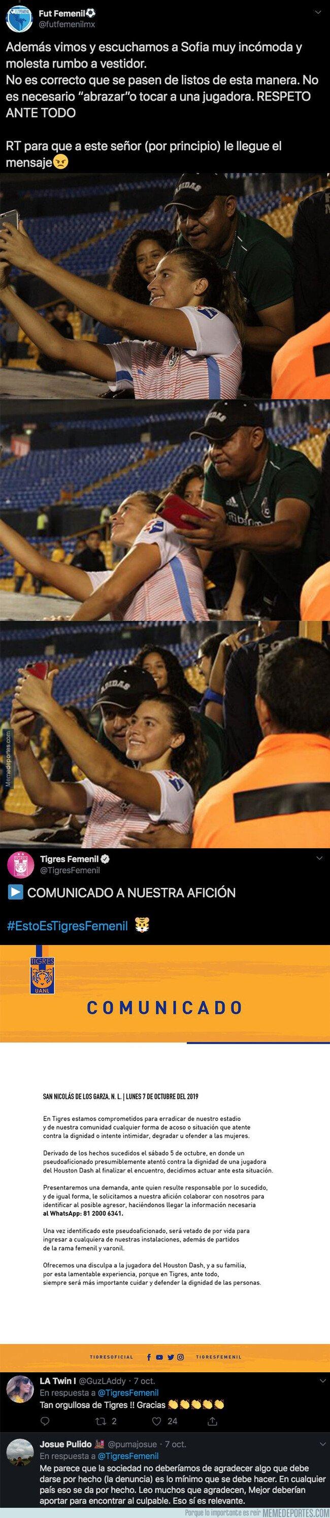 1088047 - Ojo a las fotos: Un aficionado le toca el pecho a una futbolista al hacerse un selfie