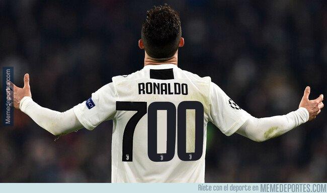 1088301 - Cristiano Ronaldo alcanza los 700 goles oficiales en su carrera. Tenemos la suerte de poder vivir en la época de este animal del deporte.