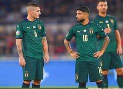 Enlace a Qué extraña se ve la selección italiana vestida de verde