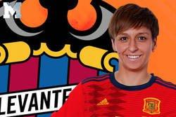 Enlace a La enorme respuesta de Marta Corredera, jugadora del Levante, defendiendo a dos del Depor tras haber recibido insultos homófobos en un partido