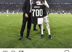 Enlace a A Messi no le gustará que a Junior le gusten los 700 goles de Cristiano