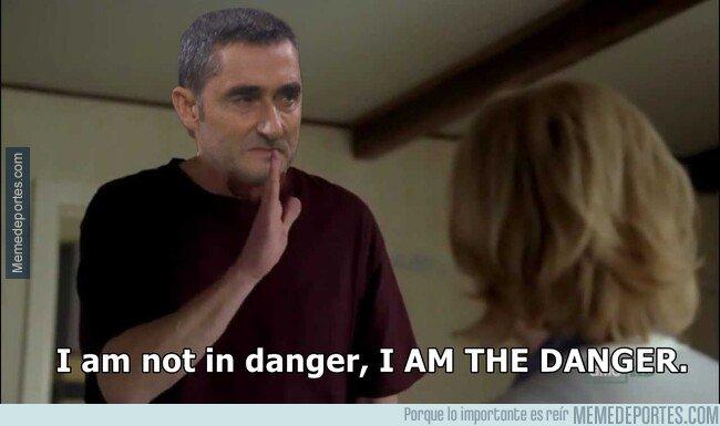 1090376 - Valverde cuando escucha que esta sonando un entrenador para reemplazarlo.