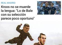 Enlace a Kroos le mete un palo a su compañero Bale