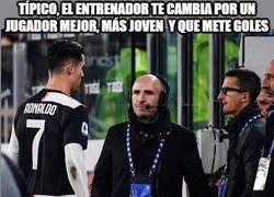 Enlace a Cristiano empieza a sentir el frío que hace lejos del Madrid