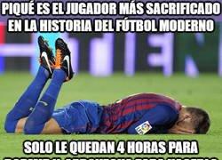 Enlace a Piqué, el héroe del fútbol