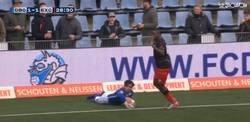 Enlace a Y contando... Nuevo caso en Holanda de un jugador que abandona por cánticos racistas y regresa para marcar un gol