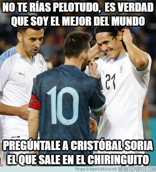 1091427 - Cavani no le cree a Messi