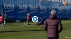 Enlace a La jugada de Dembelé en el entrenamiento al más puro estilo Messi que está ilusionando a todos los culés