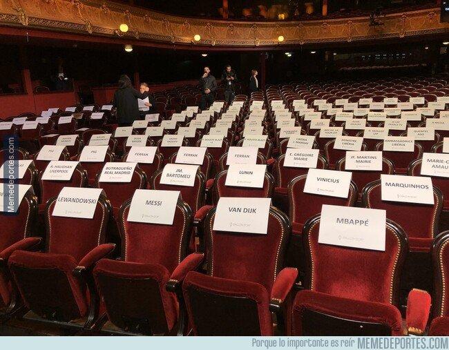 1092514 - Los asientos reservados para la gala. Ojo con alguna sopresita...
