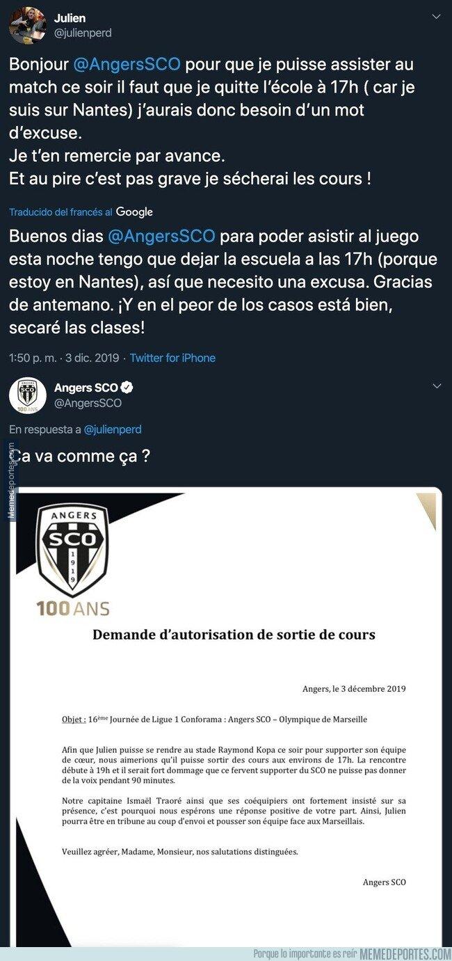 1092639 - Un alumno tiene clase durante el partido del Angers, le pide un justificante al club y le responden con esta maravilla para que no vaya a la escuela