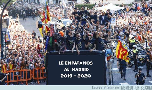 1093572 - Felicitaciones al Valencia por su título merecido